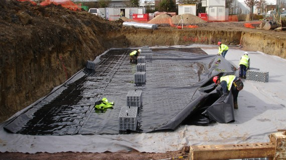 Installation of impermeable geomembranes & liner systems