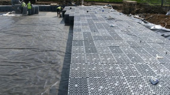 Installation of impermeable geomembranes & liner systems Attenuation systems Lagoons / Balancing ponds Ornamental lakes and ponds Landfill Lining Gas protection to buildings Porous Paving Systems River / channel re-alignments Floating covers Anaerobic digestion ponds Swale Lining Reservoir Lining